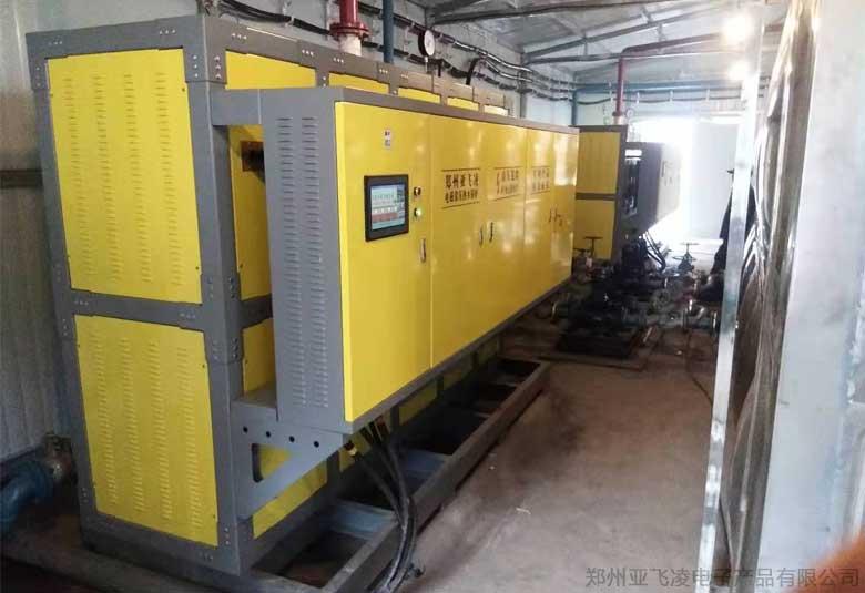 新疆煤矿采暖800KW电磁热水锅炉项目